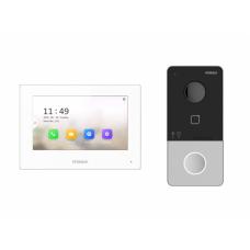 Комплект IP-видеодомофона HiWatch DS-D100IKWF (вызывная панель+видеомонитор+2 блока питания)